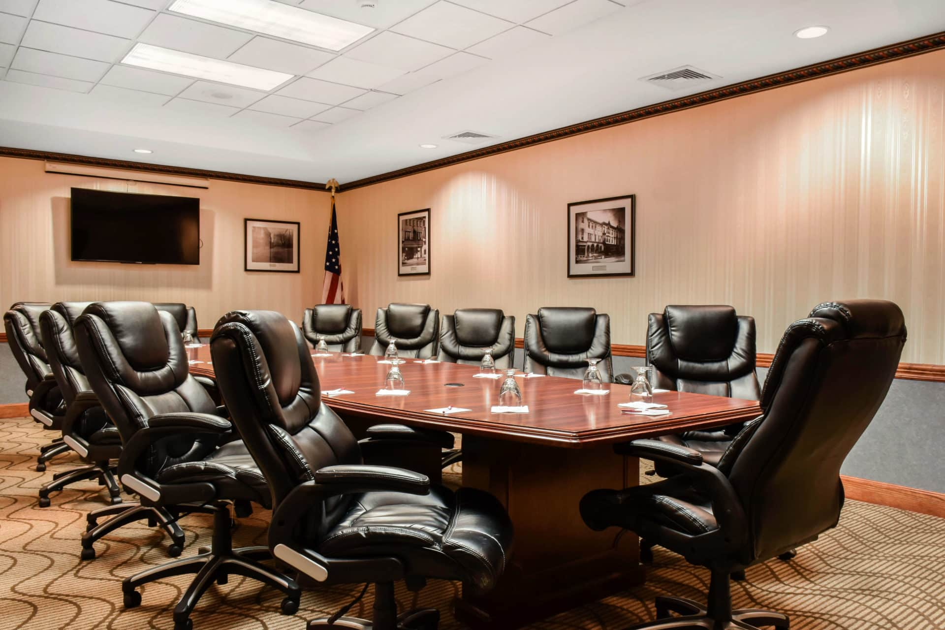 Comfort Suites Carlisle PA small room for meetings