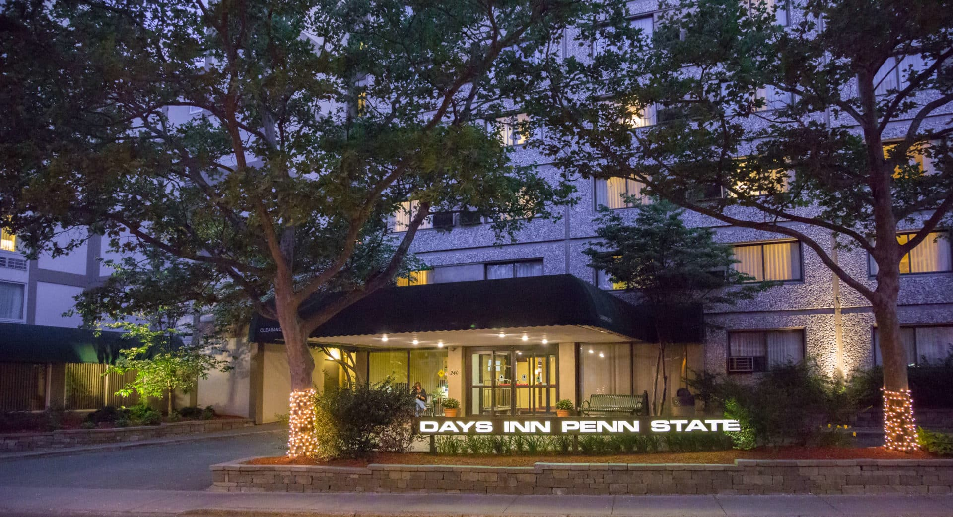 Days Inn Hotel Penn State building front